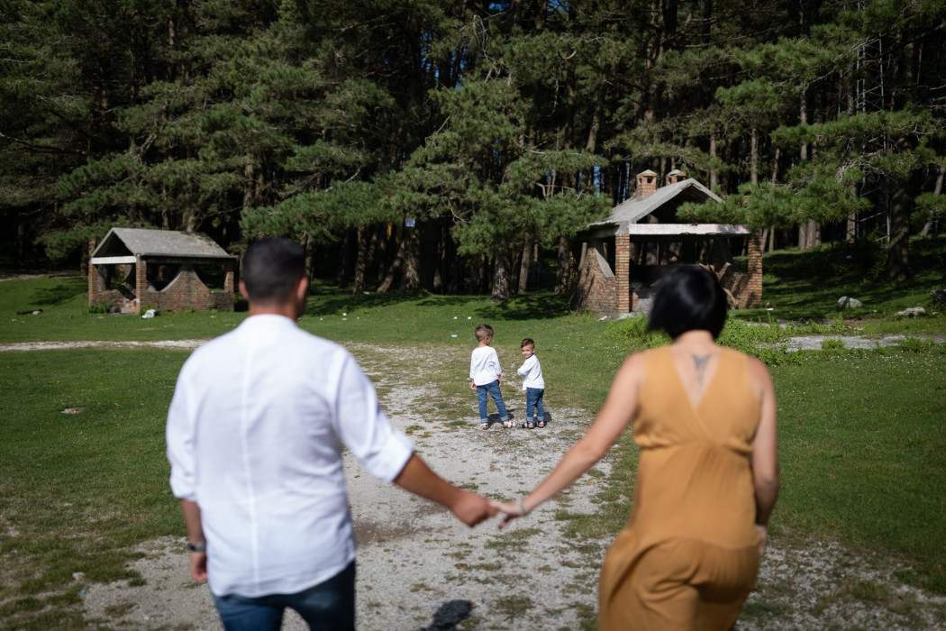 Servizio fotografico ritratti di famiglia in calabria villaggio limina
